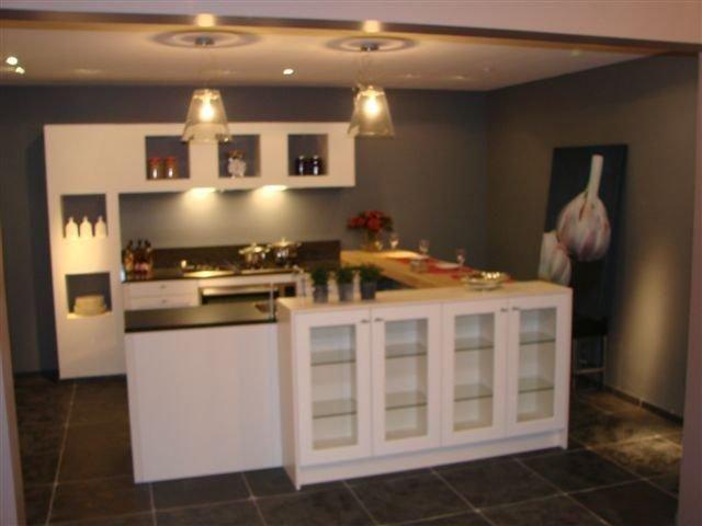 Keuken Landelijke Stijl : Eilandkeukens de voordeligste woonwinkel siematic keuken
